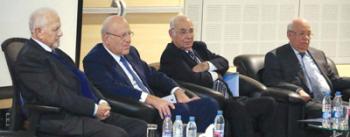 منصة المتكلمين في الاحتفال، ويبدو الى جانب د. الرافعي: الرئيس ميقاتي والنائب السابق رزق والوزير درباس